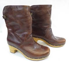 women s brown leather 2 5 heel ugg boots 9