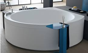 freestanding bathtubs for small spaces. small corner bathtub for spaces. this freestanding bathtubs spaces