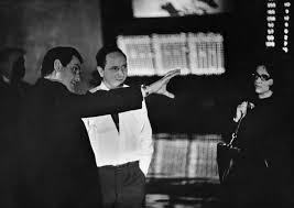 behind the scenes dr strangelove bfi kubrick shares his vision camera operator kelvin pike and the director amp 8217