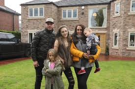 Rich House Poor House: Meet Terri-Ann Nunns - Instagram, family, career!
