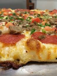 photo of round table pizza kailua hi united states
