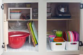 how to organize your kitchen cabinets and drawers
