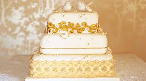 Modern Wedding Cakes For The Holiday Gold Wedding Cake Recipe