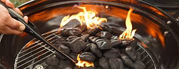 What Do You Need To Light A Charcoal Bbq How To Light A Charcoal Grill Kingsford