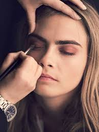 painterly shades cara in hair and makeup behind the scenes of the latest burberry caign