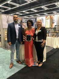 headlining the new offerings good work s makes a difference was voted best new exhibitor by attending retailers the pany delighted attendees with its