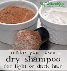 how to make your own dry shampoo for light or dark hair