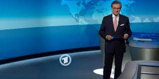 Jan hofer sehen täglich millionen deutsche und lauschen der stimme. Tagesschau Sprecher Jan Hofer Spricht Erstmals Uber Vatersein