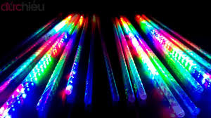 Đèn LED sao băng 80cm - chùm 8 ống - YouTube