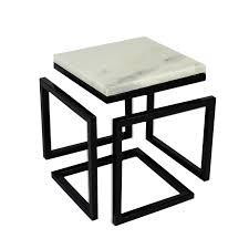 Por serem material de excelência, os mármores contribuem para acrescentar valor a qualquer espaço. Mesa De Apoio Trevo 30x30x30cm Marmore Carrara Italiano