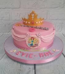 Disney Princess Cake Cake By Kitchen Island Cakes Cakesdecor