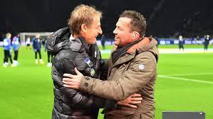 Depois de guiar a alemanha ocidental para a conquista da copa do mundo de 1990, ele foi eleito o melhor jogador do ano da europa. Lothar Matthaus Klinsmann Ist Nicht Der Trainer Er Ist Projektleiter Kicker