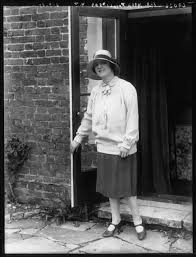 Mabel Philipson (1886 - 1951) | Co-Curate