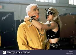 sehr verdaechtig wrongfully accused leslie nielsen ryan harrison  sehr verdaechtig wrongfully accused leslie nielsen ryan harrison leslie nielsen local caption 1998 constantin film