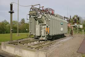 Принцип работы трансформатора режимы схема назначение из чего  принцип устройства трансформатора Гигантский трансформатор