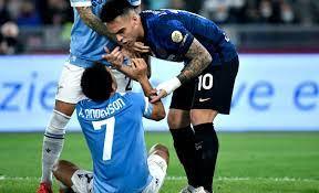 Rissa furibonda in Lazio Inter dopo il gol di Felipe Anderson - VIDEO