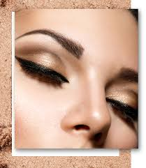 there are innumerable videos on the internet that teach you how to do the cut crease eye make up look like the name suggests this technique defines the