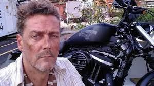 Kollarındaki karıncalanma şikayetiyle gittiği hastaneden taburcu edilen  ünlü oyuncu Toby Kirkup evinde ölü bulundu - Haber Turek