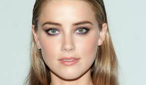 amber heard purple eyeliner tip green eyes