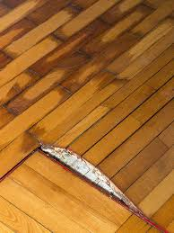 hardwood floor installers why flooring installers need to mere moisture content in wood hardwood floor refinishing