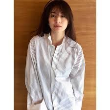 井川遥の髪型の作り方くせ毛パーマ巻き髪の方法は美容院での