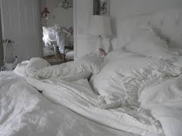 my dream bedding would be rachel ashwell s white petitcoat duvet but for now simple linen will do simply shabby chic
