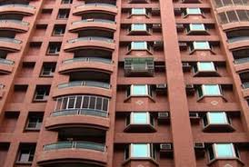apartment managers are responsible for maintaining rental properties real estate property manager job description