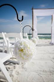 Beach Wedding Accessories Decorations Unique Beach Wedding Décor eWedding 89