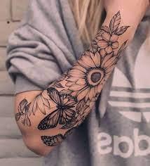 O traçado delicado do desenho é cheio de curvas e termina sempre bem fino, o tatuador que for fazer o. Pin On Tattoos