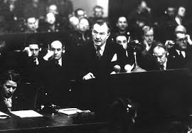 the nuremberg trial org on 26 robert jackson flew to london to meet delegates from the other three allied powers for a discussion of what to do the captured nazi