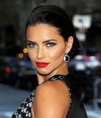 at last night s met gala brazilian s adriana lima looked like the ultimate red carpet sensation with her sultry makeup look if you re aiming to