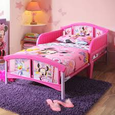 Minnie Mouse Bedroom Furniture Disney Minnie Mouse Plastic Toddler Bed Walmartcom