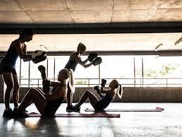 boxer sit ups in dark gym