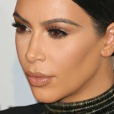 kim kardashian makeup brown eyeshadow gold eyeshadow lipstick steal her style
