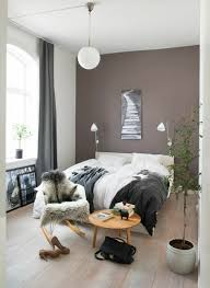 decorating tips color taupe bedroom wall color