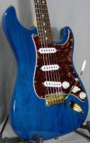 deluxe player s strat sapphire blue trans friday  deluxe player s strat sapphire blue trans friday 249