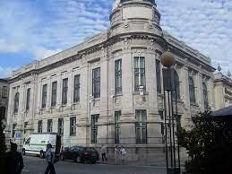 File:Banco de Portugal (Sede de Braga) -3.JPG - Wikimedia Commons