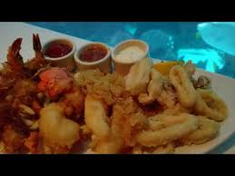 Chart House Golden Nugget Menu Chart House Fresh Seafood With Gigantic Aquarium In Las Vegas