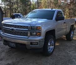 2014 Chevrolet Silverado 1500 Fuel Hostage Rough Country Leveling Kit