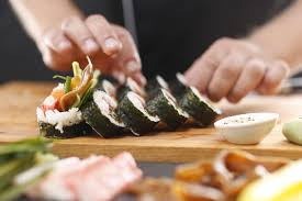 addetti preparazione sushi lavoro settore ristorazione