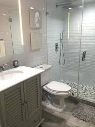 Small Bathroom Remodels On A Budget Extraordinary Average Cost Of Small Bathroom Remodel Benedictkiely