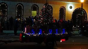 Baraboo Christmas Light Parade File 2015 Baraboo Holiday Light Parade Panoramio 5 Jpg