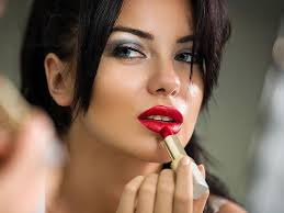 well defined lips the perfect lip makeup starts with a liner