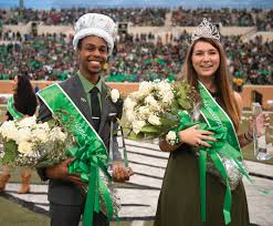photo essay fall  spirit  north texan unt students myles brenton alexander a senior majoring in human development from memphis tenn and caitlin broadus a junior majoring in english from