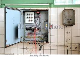 home fuse box troubleshooting auto electrical wiring diagram \u2022 home fuse box problems electric fuse box troubleshooting old electrical stock photos images rh davejenkins club old house fuse box