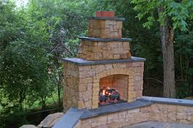 outdoor chimney with no chimney cap
