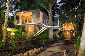 Lovable Backyard Treehouse Ideas How To Build A Treehouse Best Diy Kids Treehouse Design