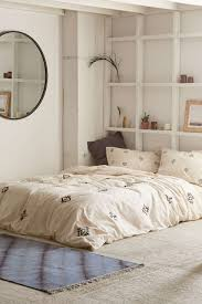Serene bedroom design