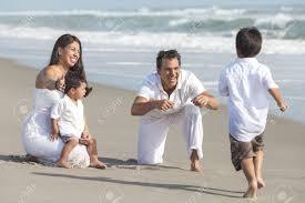 Resultado de imagem para pais briacando com os filhos