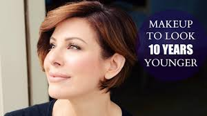 makeup monday how to avoid these 3 makeup techniques that will instantly age you in this tutorial you will learn tips that every woman over 50 should know
